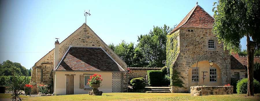 Gite en pierre dans une briarde avec parc paysagé - quelques vignes